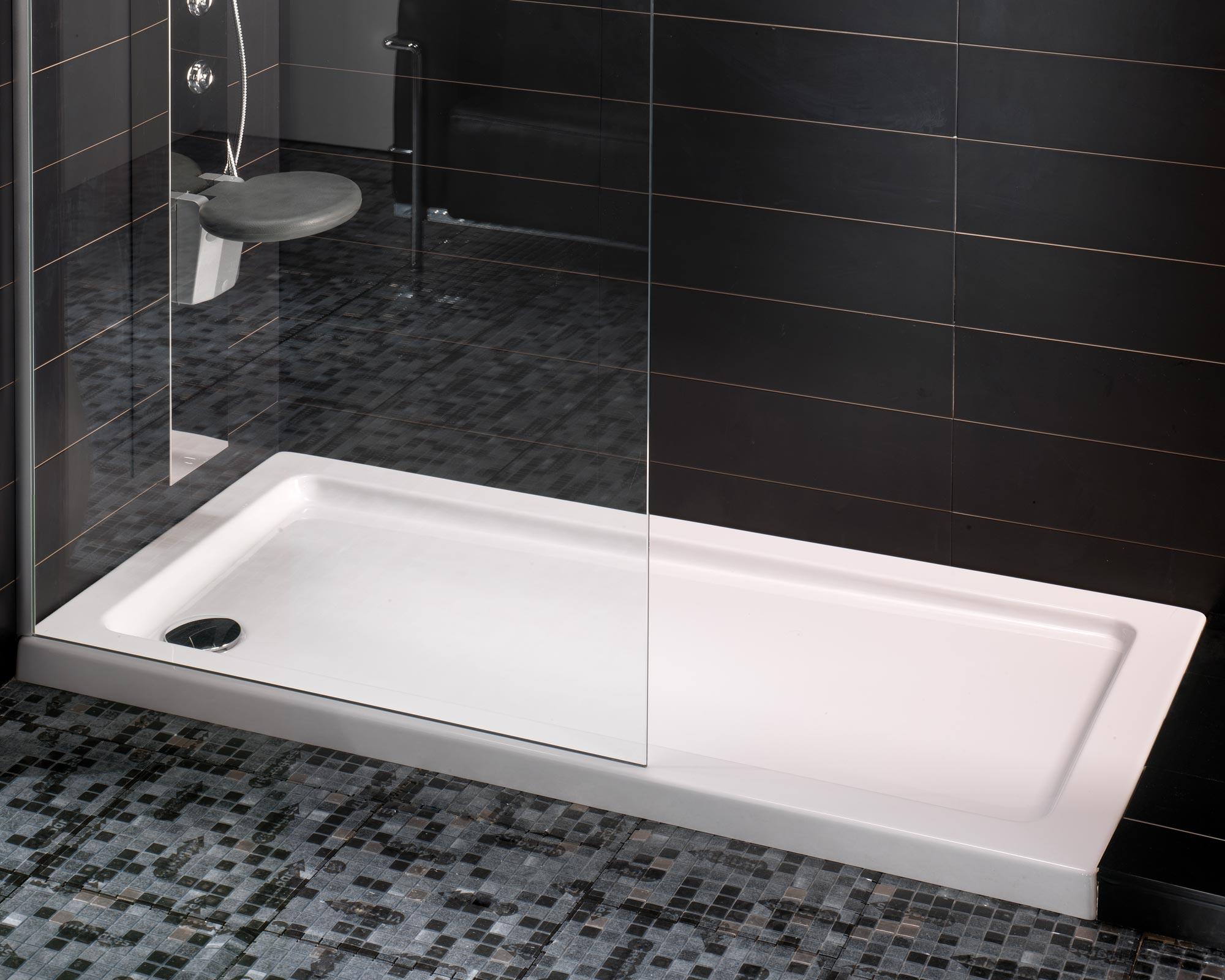 Rivero proyectos e instalaciones sl for Banos pequenos con plato de ducha